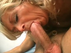 Wild mature bitch getting fucked