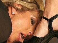 Hawt mini mistress fisting a ancient slut