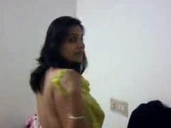 Sexy Elderly Indian Aunty