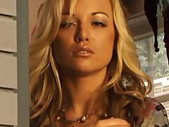 Blonde hottie observing lesbian sex