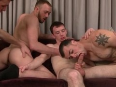 Gay foursome with licking and sucking